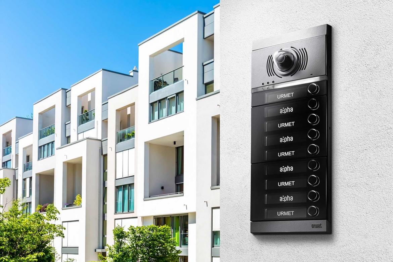 Modern design en gebruikersgemak Urmet intercom systeem