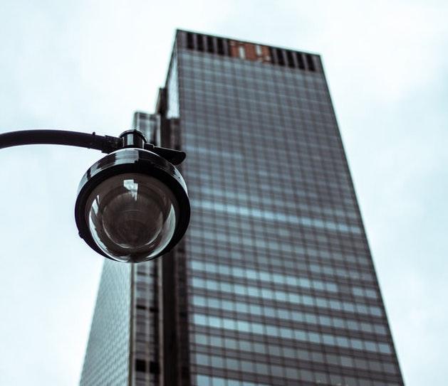 Toegangsbeheer en camerasystemen voor veiligheid in gebouwen